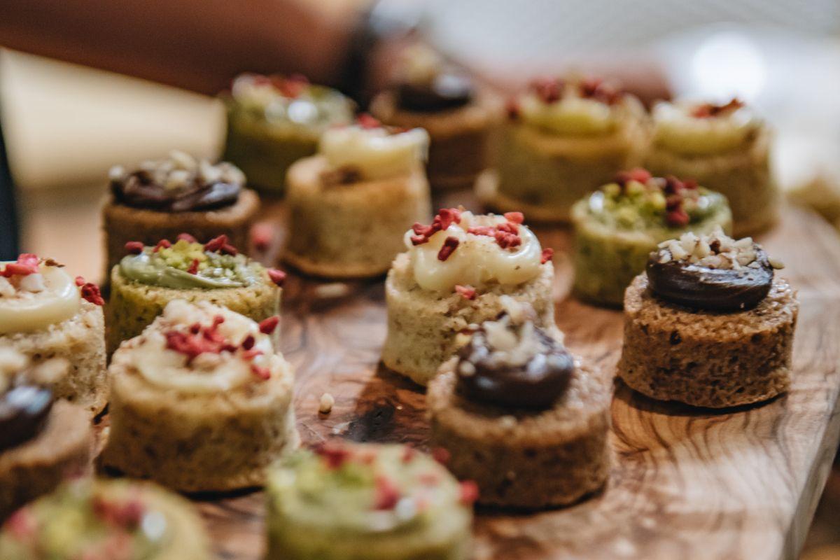 Strazzanti Cakes