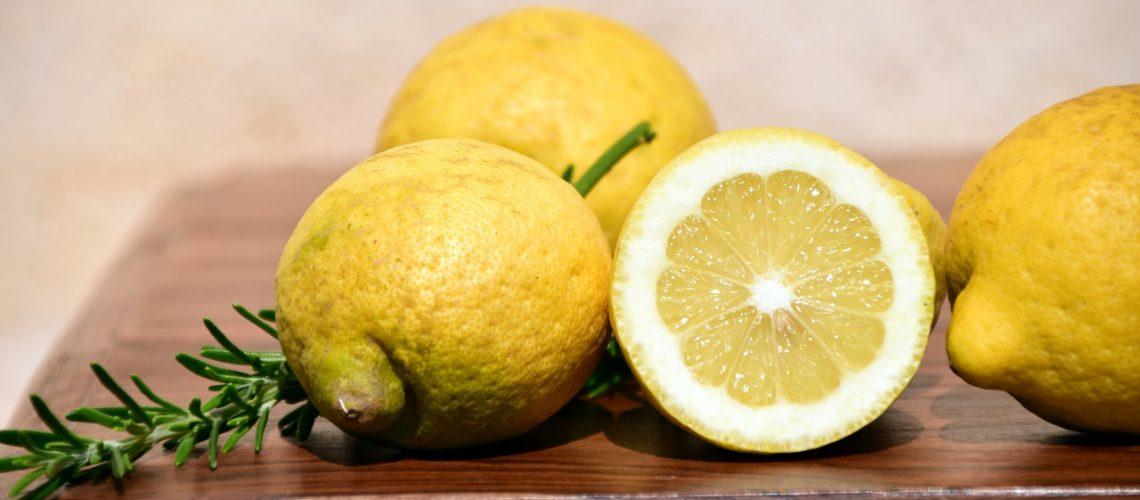 lemons-2252560_1280
